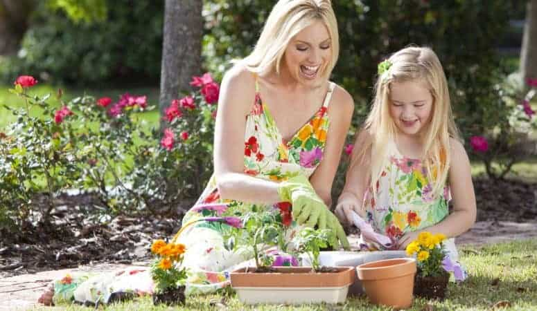 5 Memorable and Bonding Outdoor Spring Activities for Kids and Parents