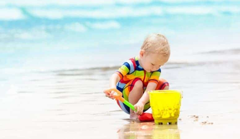 The Best Beach Essentials for Babies and Kids (The Complete List)
