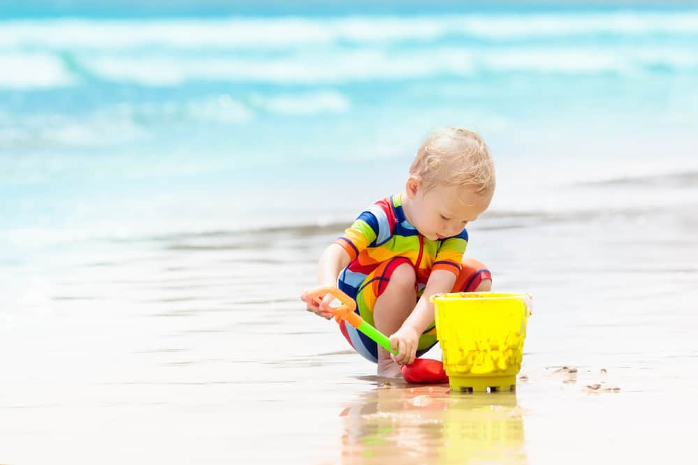The Best Beach Essentials for Babies and Toddlers (The Complete List)