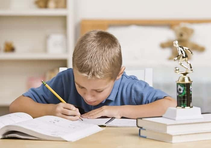 5 Tips to Help Your Child Develop Good Homework Habits