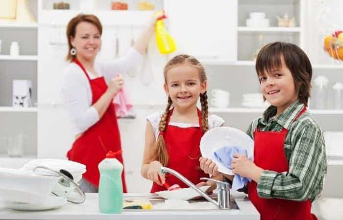 Age-Appropriate Chores for 8-10 Year Olds (Daily, Weekly, & Allowances)