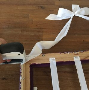 hair bow hanger with ribbon